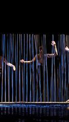 Šiuolaikinio šokio spektaklis CHIMEROS KAROLIAI