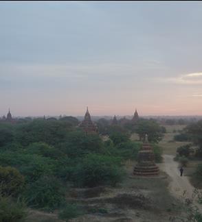 Birmos posmai / Burma Storybook