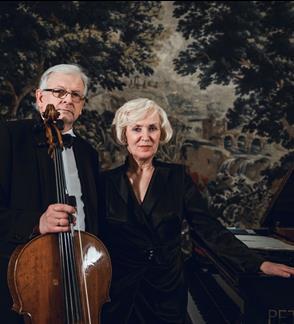 """""""Lietuviškas rapsodas"""" skirta dueto kūrybinės veiklos 40-mečiui"""