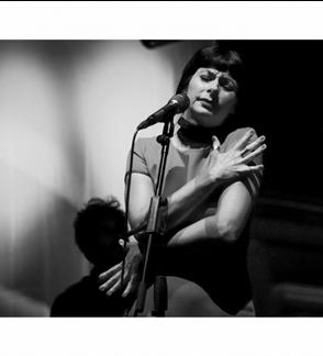 Viviane Canta Piaf (Portugalija)